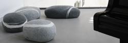 Elegantní stoličky ve tvaru přírodního kamene přidají domácnosti na luxusu