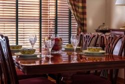 Dáte přednost pohodlnému nebo stylovému jídelnímu nábytku?