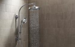 Masážní sprcha potěší jak vaše záda, tak i vaše zdraví
