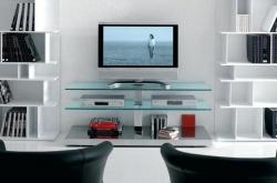 Televizní stolek na kolečkách vyřeší potíže s místem i pomůže vašemu pohodlí