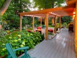 Zahradní přístřeší jako elegantní doplněk každé zahrady