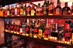 Stylový bar jako vhodný doplněk každého moderního interiéru