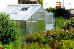 Už víte, kam umístit skleník?