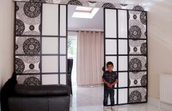 Nevíte, jak plně využít velké místnosti? Rozdělte ji na dva pokoje!